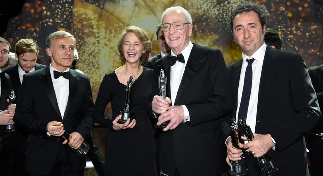 Europa se rinde a Michael Caine