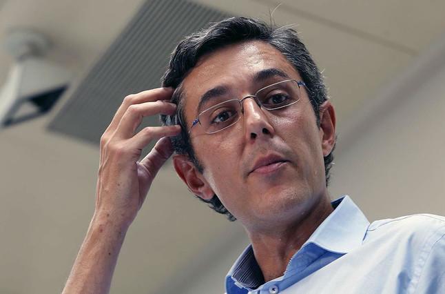 Eduardo Madina, el viernes, durante el anuncio de su candidatura a la secretaría general del PSOE.