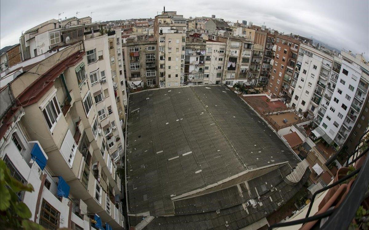 El tejado del antiguo cine Urgell de Barcelona.