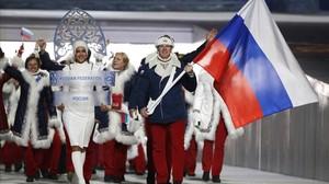 El equipo ruso, en el desfile inaugural de los Juegos de invierno de Sochi 2014.