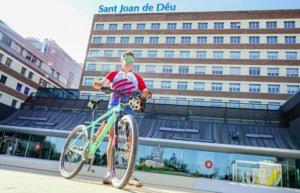 Un espluguí recorrerà 3.200 km en bici per lluitar contra el càncer infantil