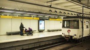 Estación de metro de El Maresme-Forum de la L4, una de las afectadas por el corte a causa de las obras.