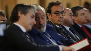 Íñigo de la Serna, Julio Gómez Pomar y Josep Rull, este martes en Barcelona.