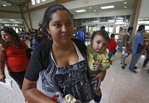Inmigrantes detenidos en la frontera de EEUU y México.