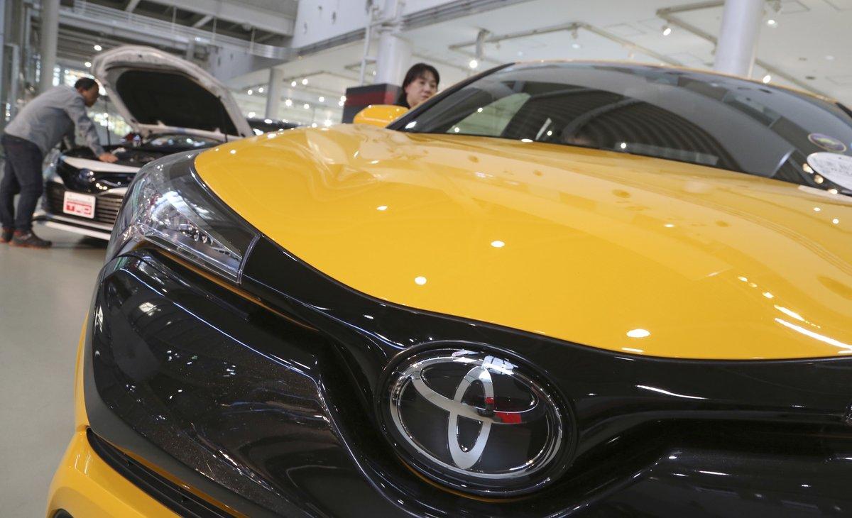 Toyota y Softbank aumentan su inversión en Uber.