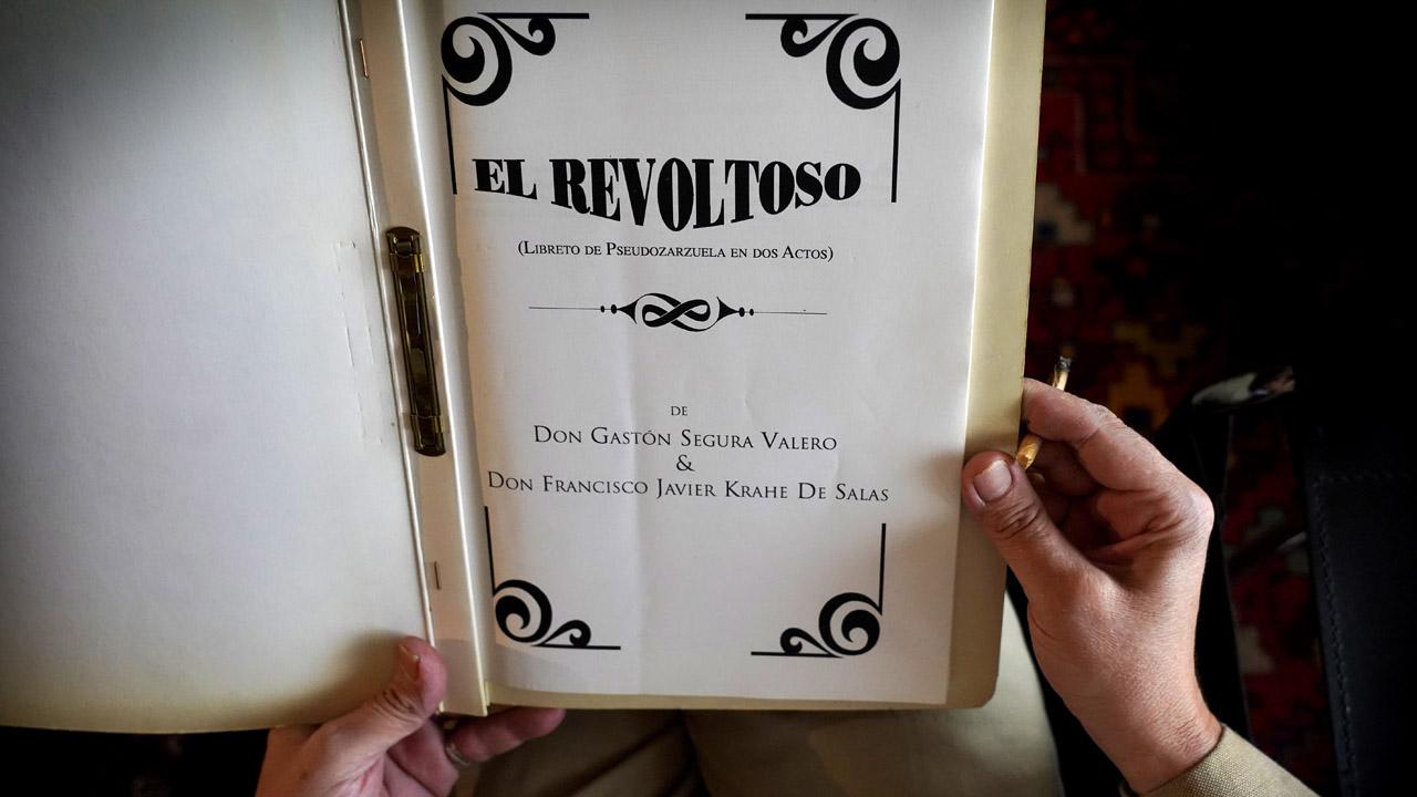 Gastón Segura relata cómo escribieron el libreto de El Revoltoso junto a Javier Krahe