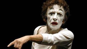 El mimo y artista francés Marcel Marceau, en julio del 2004.