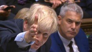 Boris Johnson hoy en el debate del Parlamento.