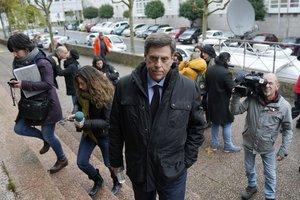 Juan Carlos Quer a su llegada a los juzgados el día que comienza el juicio contra el 'Chicle'.