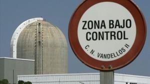 Els ecologistes exigeixen accelerar l'apagada nuclear en comptes de retardar-la