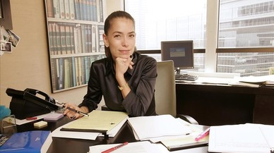 Laura Wasser, la reina de los divorcios de Hollywood que llevará el de Angelina Jolie y Brad Pitt