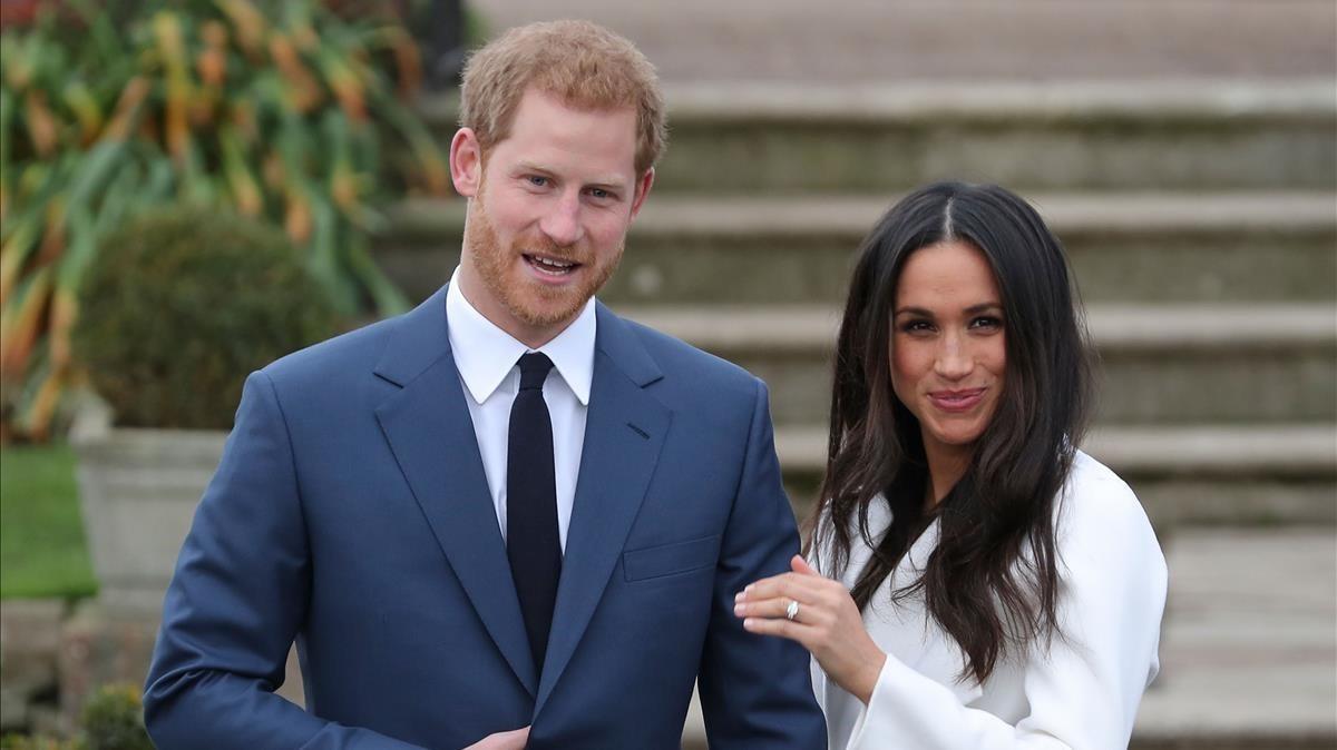 Enrique de Inglaterra y Meghan Markle, en la sesión de fotos en Kensington Palace.