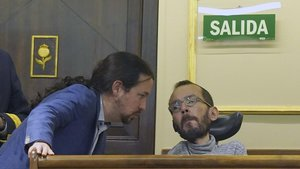 Pablo Iglesias y Pablo Echenique, en el Congreso