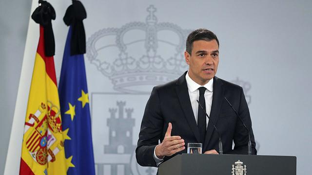 Pedro Sánchez elogia el trabajo de Salvador Illa y Fernando Simón durante la crisis del covid.