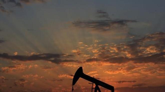 El petróleo se desploma por debajo de los 32 dólares