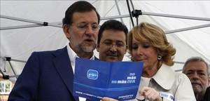Rajoy y Aguirre, en el 2010, en un mitin contra el IVA cultural que después el PP acabó subiendo.