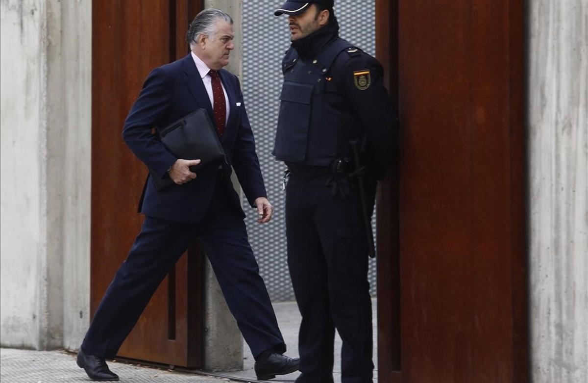 El extesorero del PP Luis Bárcenas entra en la Audiencia Nacional, el pasado mes de octubre.
