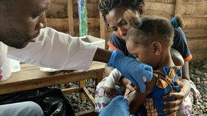 Vacuncación contra el sarampión en el Congo