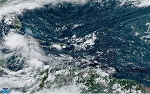 Una imagen satelital de la tromenta tropical Laura.