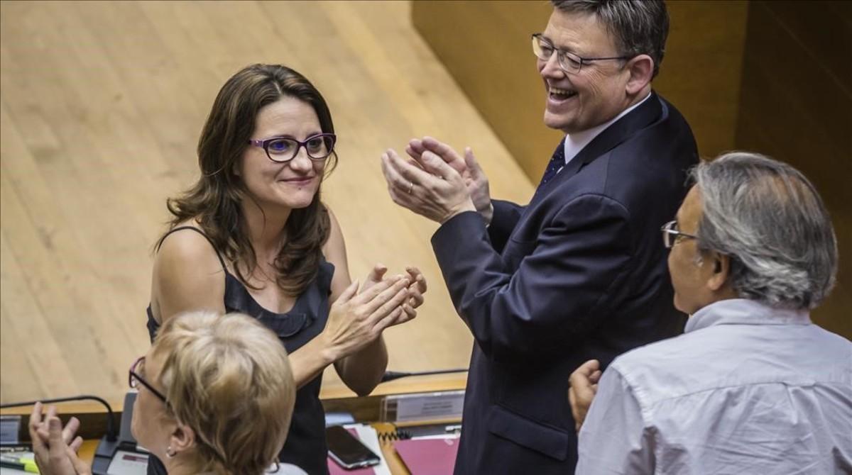 El presidente de la Generalitat,Ximo Puig, y la vicepresidenta,Monica Oltra, tras la votacion de la ley de la nueva Radiotelevision Valenciana,presentada por el PSPV-PSOE,Compromis y Podemos.
