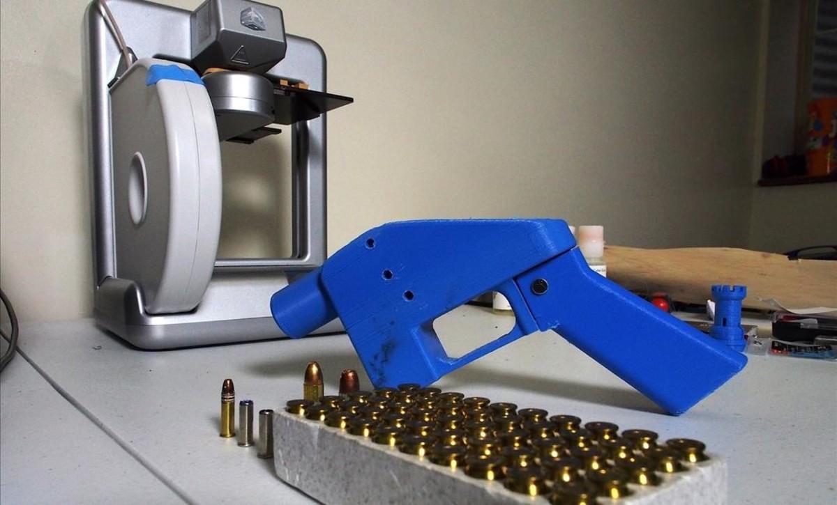 Una pistola fabricada mediante una impresora 3D.