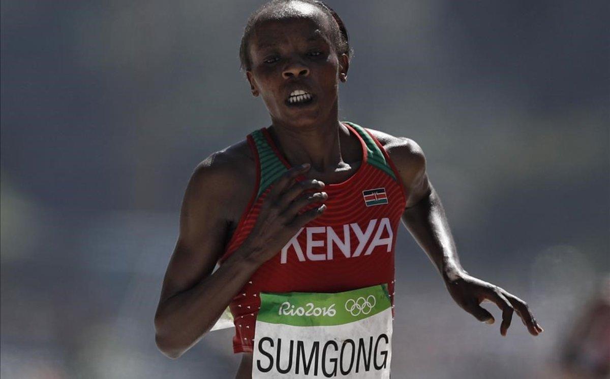 Vuit anys de sanció a la campiona olímpica de marató per prendre EPO i falsificar les proves