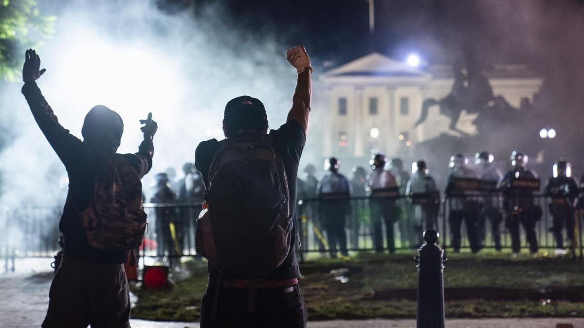 Protesta frente a la Casa Blanca en Washington.