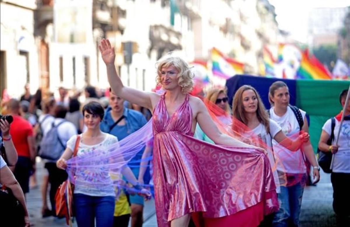 Decenas de miles de personas asisten en Londres al desfile del orgullo