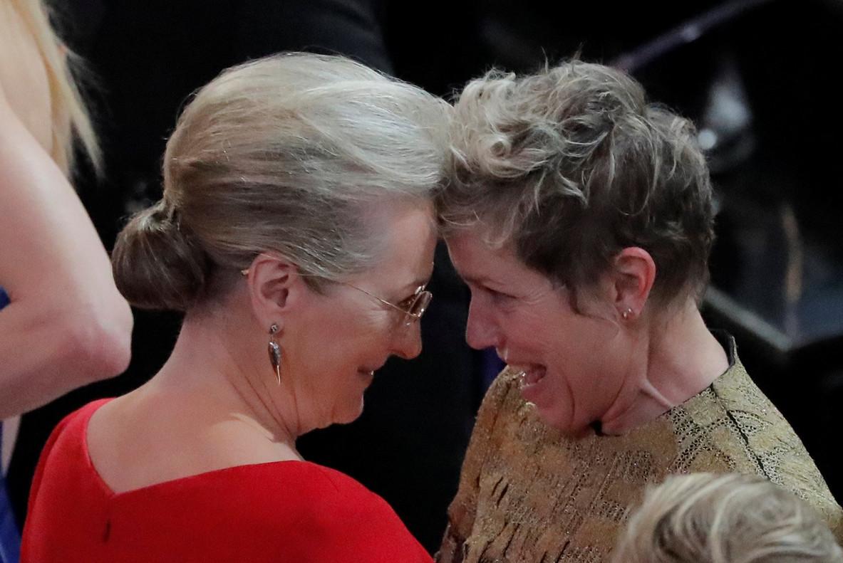 Dues grans actrius de Hollywood: Meryl Streep felicita Frances McDormand, Oscar a la millor actriu.