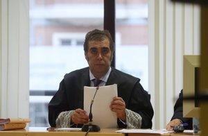 El juez Andrés Sánchez Magro, titular del juzgado mercantil de Madrid, en la vista oral de las medidas cautalares de los horarios.
