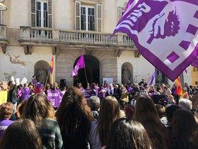 Mataró demana restituir la figura del responsable sindical d'igualtat entre homes i dones als centres de treball