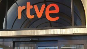 El Constitucional admet el recurs del PP contra la renovació de RTVE