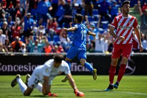 Momento del 1-0 de Jorge Molina para el Getafe contra el Girona.