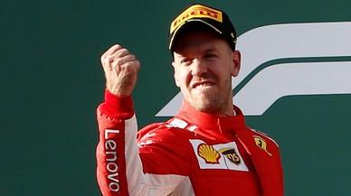 Alonso resucita el día que Vettel machaca a Hamilton