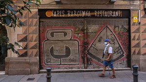 Bar cerrado en Barcelona.
