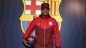Boateng a su llegada a las oficinas del FC Barcelona.