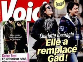 La revista Voici publica las imágenes de Carlota Casiraghi paseando felizmente con un cineasta italiano.