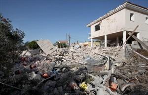 El chalé de la urbanización Montecarlo de Alcanar, tras la explosión que lo voló la noche del 16 de agosto de 2017.