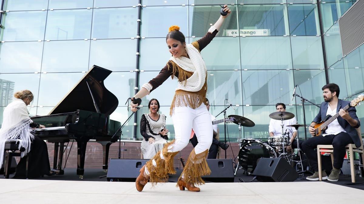 Concierto de Tablao de Músics en el Aeroport Josep Tarradelles Barcelona-El Prat.