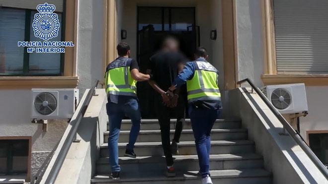 Detingut un membre d'una banda llatina per nou robatoris violents a Madrid