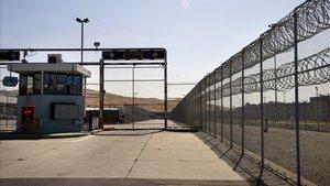 Entrada de la prisión de Santa Rita, en California, donde una enfermera ha dado positivo por coronavirus.