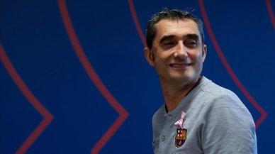 """Valverde, sobre el central: """"No me fijo en posibles incorporaciones, sino en el B"""""""