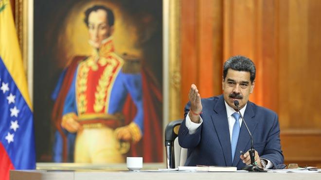 Estados Unidos presenta cargos contra Maduro y disidentes de las FARC por narcotráfico.
