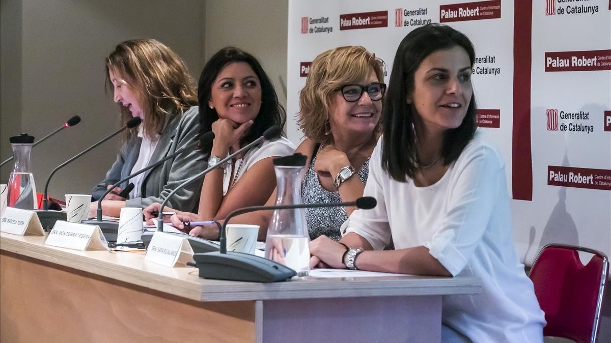 Miembros de la Taula de Diàleg de Transtorns Alimentaris, de Catalunya.