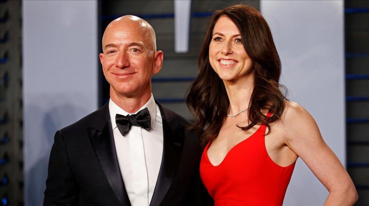 Jeff Bezos y su exesposa Mackenzie Bezos.