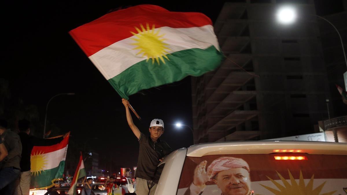 Los kurdos muestran su apoyo al referendum de la independencia el pasadlunes 25 de septiembre.
