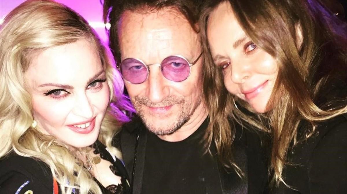 Madonna,Bono y Stella McCartney juntos en la fiesta anticipada del 50 cumpleaños del cofundador de Oasis Noel Gallagher.