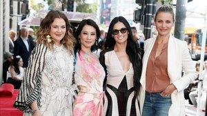 Drew Barrimore, Lucy Liu, Demi Moore y Cameron Diaz, en el paseo de la Fama.