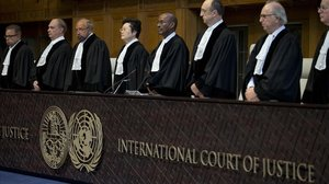 Los jueces miembros del Tribunal Internacional de Justicia, en La Haya.