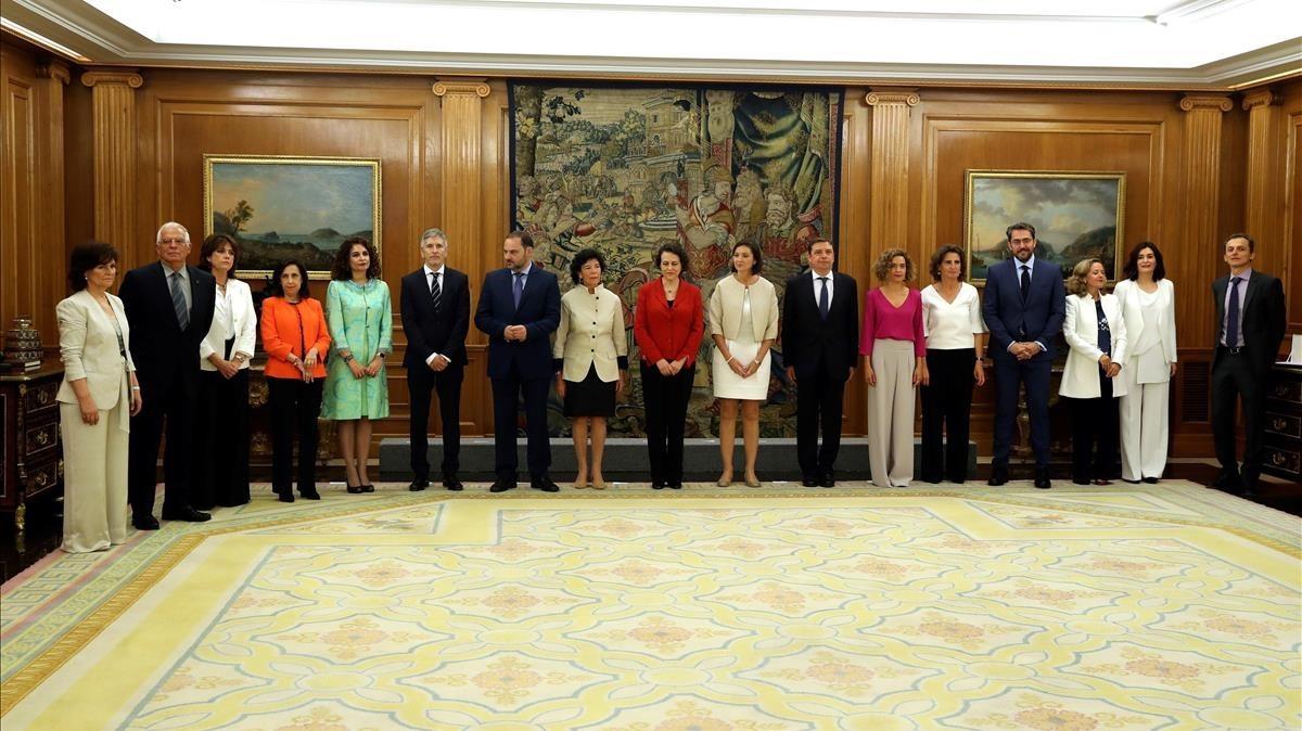 """""""Consejo de ministras y ministros"""": así ha sido el guiño feminista del Gobierno de Sánchez"""